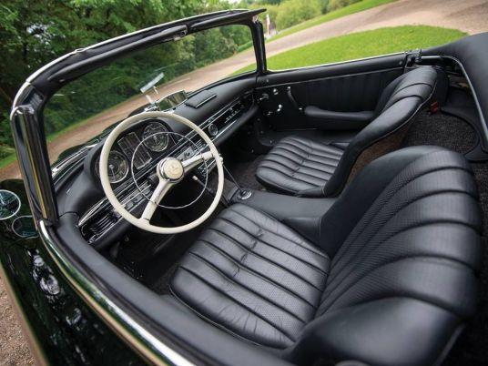 DLEDMV 2K18 - Mercedes 300 SL Roadster RM Sotheby's04