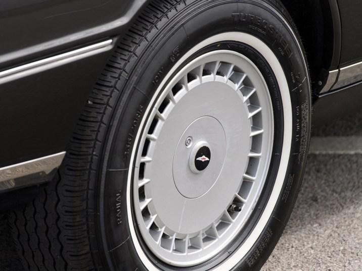 DLEDMV Aston Martin Lagonda Shooting Brake 08