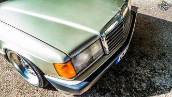 DLEDMV La Mercedes 190de JC – Violence visuelle 14