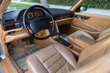 DLEDMV 2021 - Mercedes 560 SEC Cabrio RM Sotheby's - 007