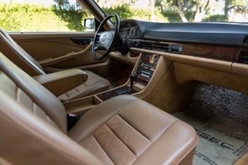 DLEDMV 2021 - Mercedes 560 SEC Cabrio RM Sotheby's - 014