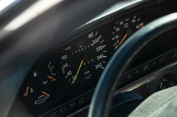 DLEDMV 2021 - Mercedes 560 TEL break RM Sotheby's - 007