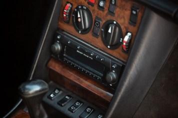 DLEDMV 2021 - Mercedes 560 TEL break RM Sotheby's - 010