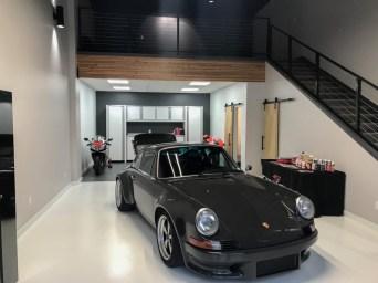 DLEDMV 2021 - Garage awesome petrolhead - 009