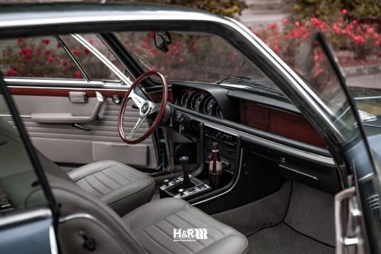 DLEDMV 2021 - BMW 3.0 CSi Slammed H&R - 002