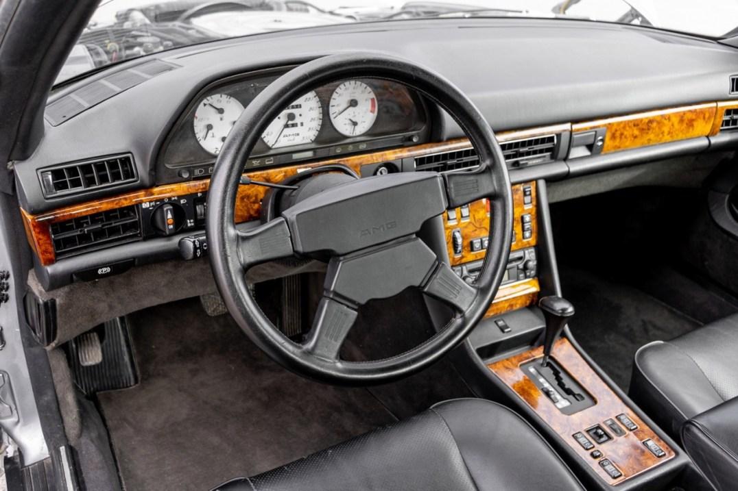 DLEDMV 2021 - Mercedes 560 SEC AMG Soft BaT - 010