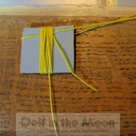 entourer le carton avec tout le grand fil de 2m dans l'autre sens