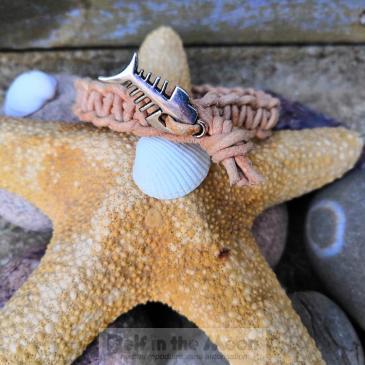 Bracelet macramé cuir et mer