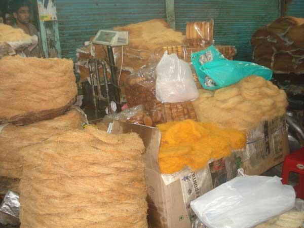 Sewaiyaan-@-jama-Mazjid-market