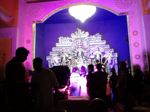 Durga Puja – Pandal hopping at C R Park and C P