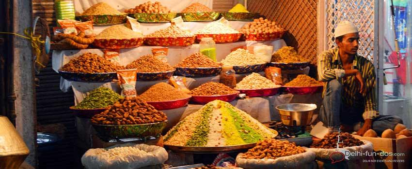 bakery-products-jama-masjid-area-sheermal-ramadan-food-trail-2016