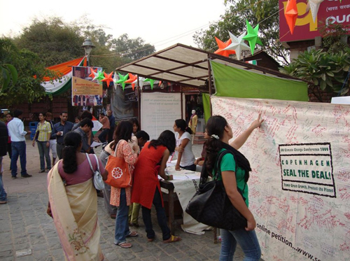Seal the Deal Campaign at Dilli Haat