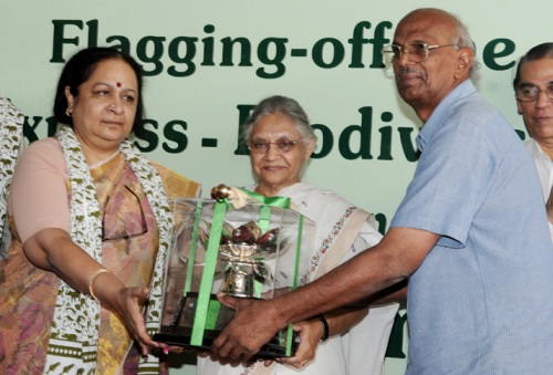Emeritus Prof. C.R. Babu of University of Delhi Conferred Indira Gandhi Paryavaran Puraskar