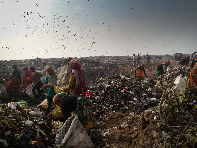 ghaizpur-landfill-site-delhi