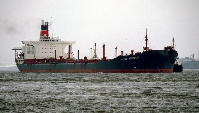 Maersk Group Initiates Responsible Ship Breaking at Alang