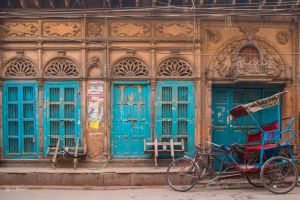 There are many such houses in Old Delhi