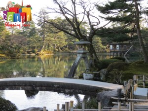 Kenrokuen garden is picturesque