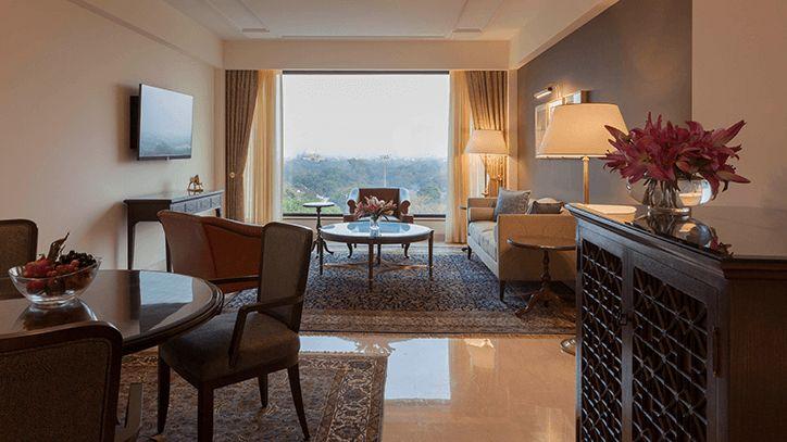 Deluxe Suite at the Oberoi Hotel, New Delhi