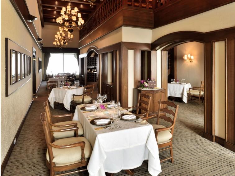 The grill room at Taj Palace Hotel Delhi