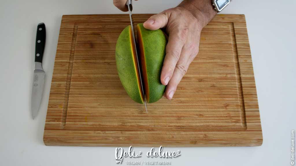 Mango schneiden Schritt für Schritt erklärt