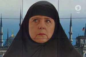 Angela Merkelová, náležitě oděna