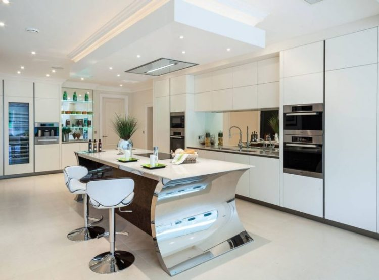 Looking Glass kitchen