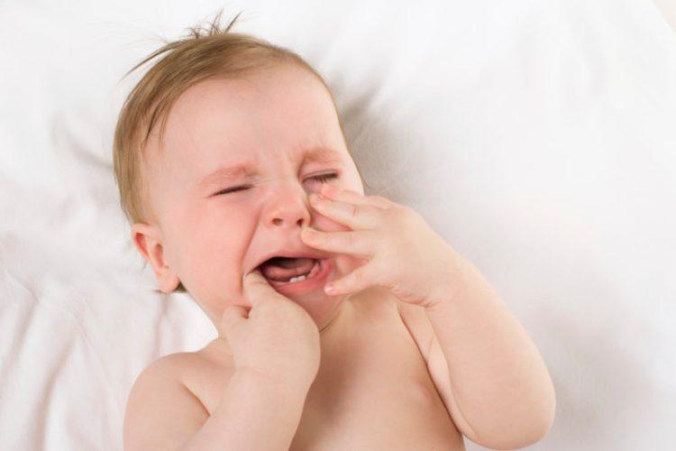 How to stop breastfeeding slowly