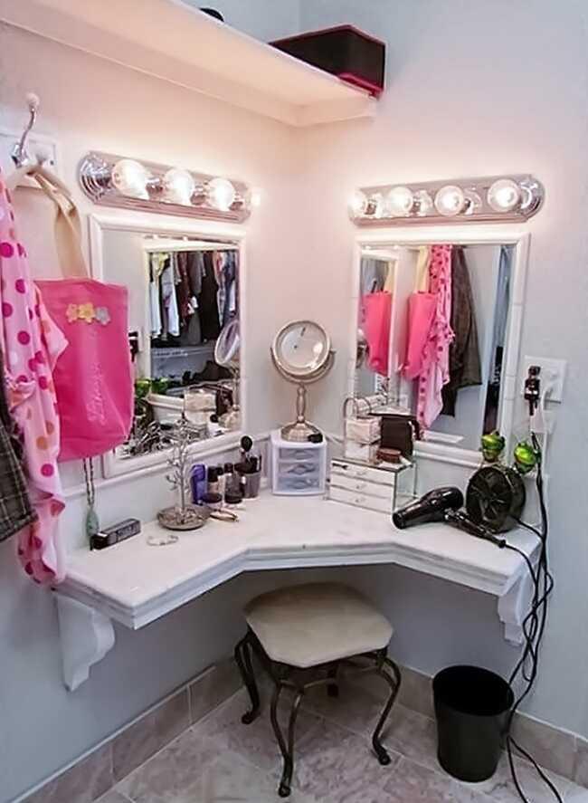 corner makeup desk ideas