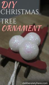 Simple DIY Christmas Tree Ornament