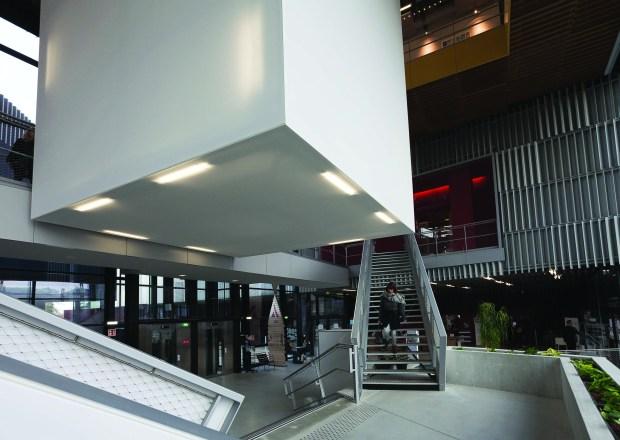 Hall de L'Alpha, médiathèque d'Angoulême