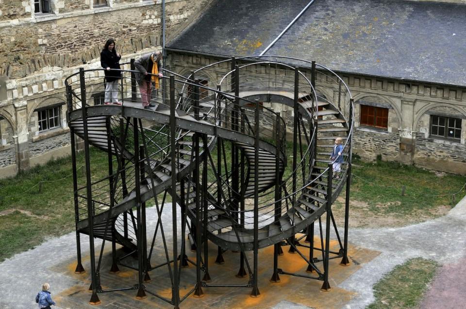 """Escalier """"Révolution"""" de Michel de Brouin"""