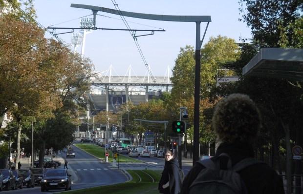 À l'approche du stade Charléty