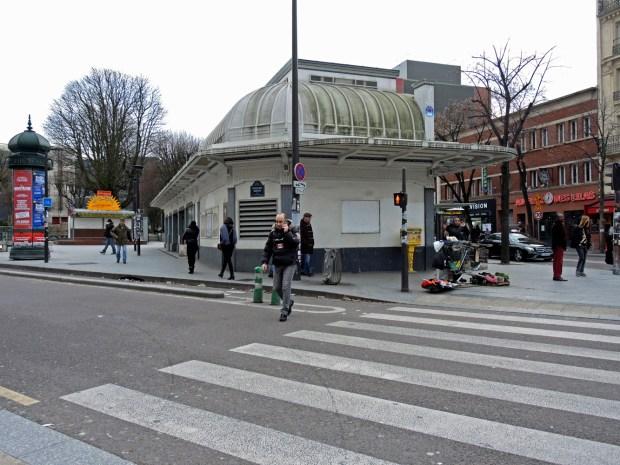 Station Porte des Lilas, édicule de Charles Plumet - Photo © Gilles Walusinski