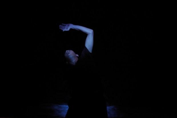 LA BARQUE LE SOIR de Tarjei Vesaas, mise en scene de Claude Regy au theatre de l'Odeon (Atelier Berthier) dans le cadre du Festval d'Automne 2012. Photo ©Pascal Victor/ArtComArt