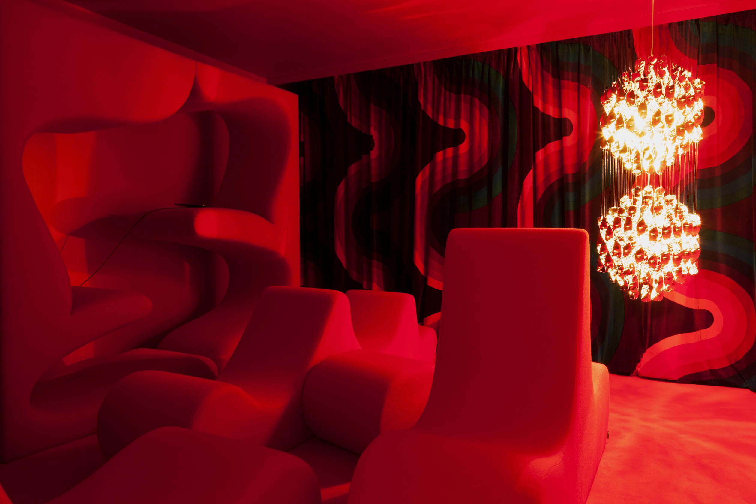 bordeaux les couleurs se font la belle. Black Bedroom Furniture Sets. Home Design Ideas
