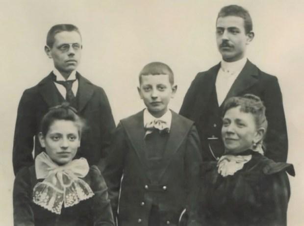 Photo de famille par Alfred Soyer
