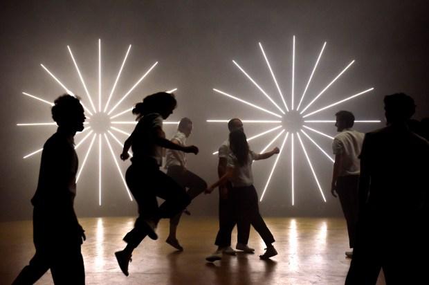 Christian Rizzo, Le Syndrome Ian © Marc Coudrais. Un article de Marie-Christine Vernay sur la 17e Biennale de la danse de Lyon, 2016