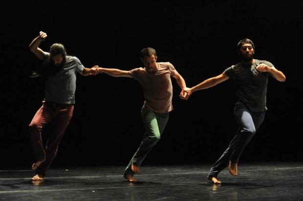 Roy Assaf, La Colline © Gadi Dagon. Une critique de Marie-Christine Vernay dans délibéré