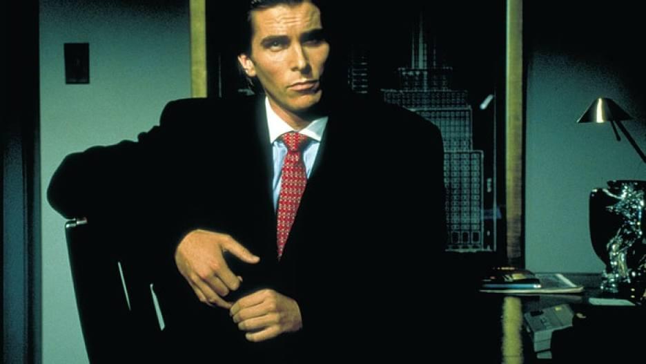 Christian Bale dans American Psycho, réalisé par Mary Harron d'après le roman de Bret Easton Ellis