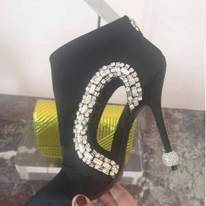 Bottines en soie à bout pointu pour femme, chaussures à talons hauts, strass, bord échancré, tendance