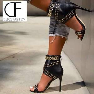 Sandales à talons hauts pour femmes, chaussures de soirée, noires