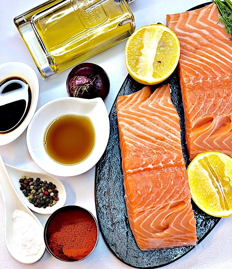 Salmon Tartar ingredients
