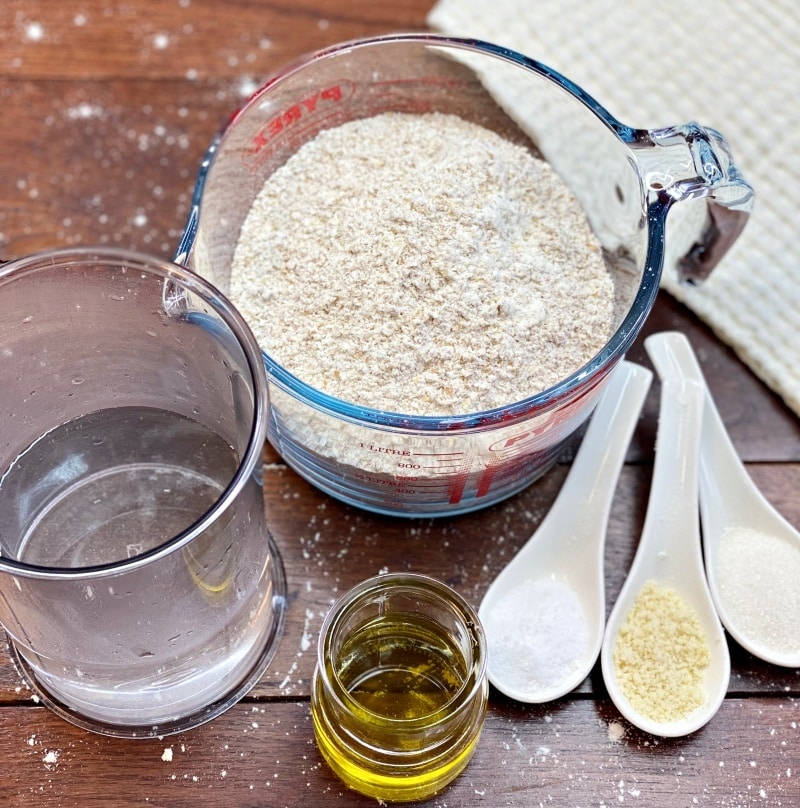 Italian Pizza dough ingredients
