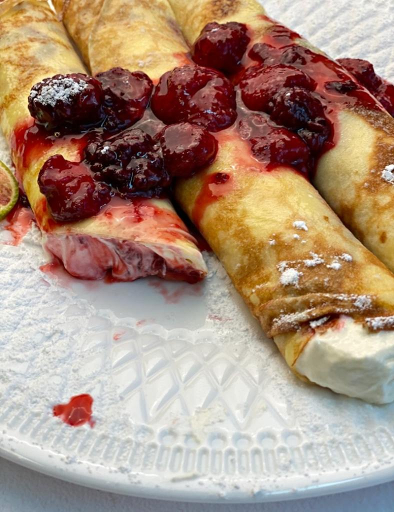 sweet cream filling for crepes with berry gem
