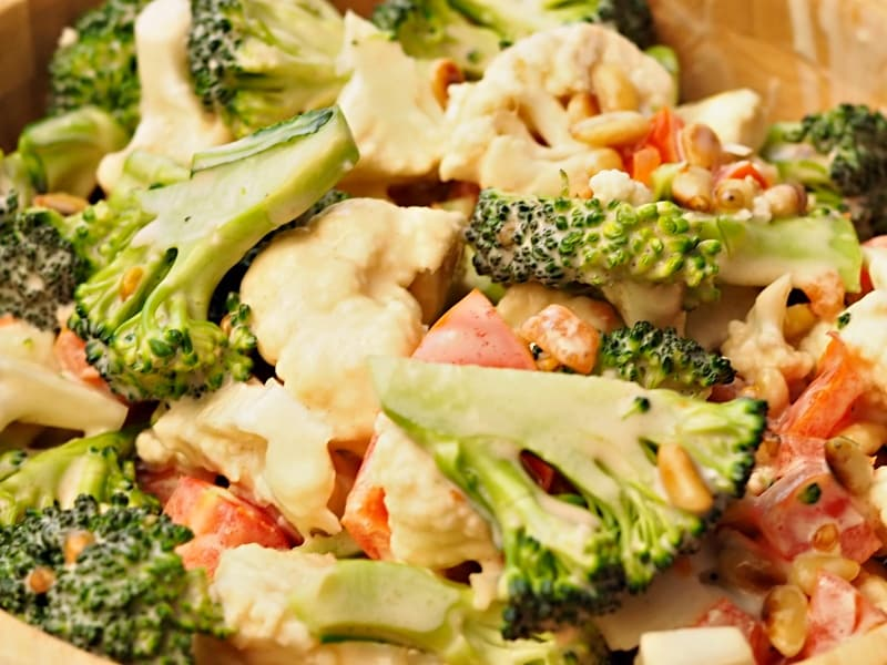 Crunchy Broccoli Cauliflower Salad