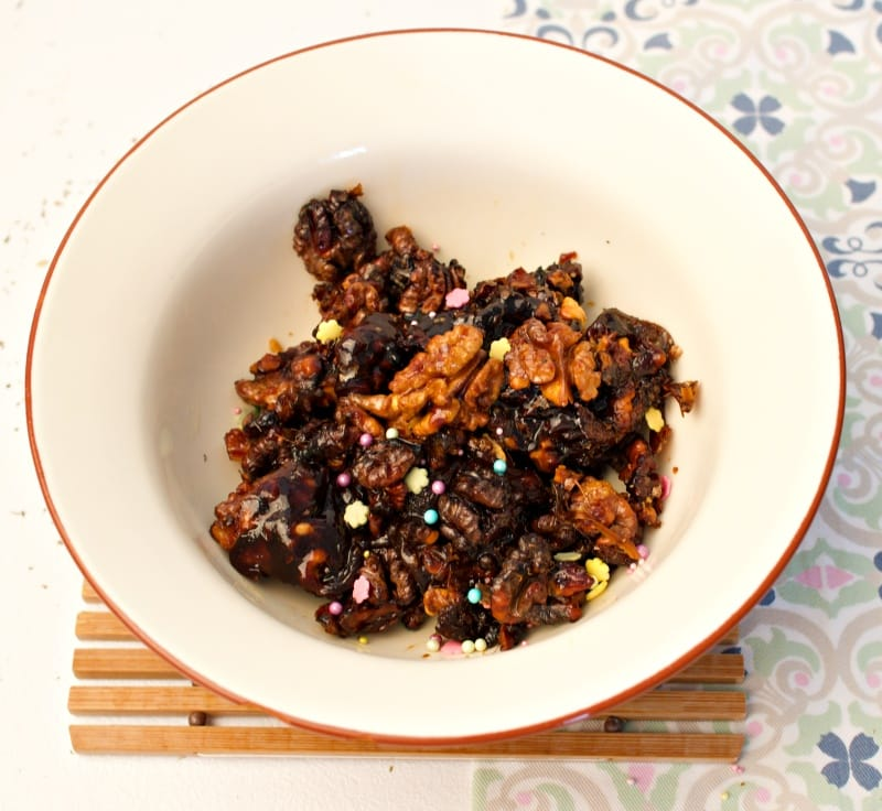 Easy Holiday Candied Walnuts