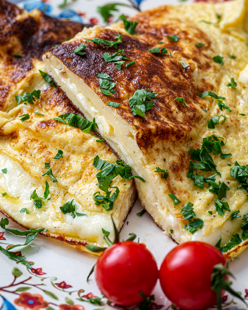 Cheese Omelet - The Fine & Delicate Breakfast - Delice Recipes