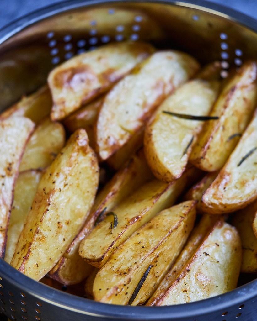 Crispy Airfryer Potato Wedges