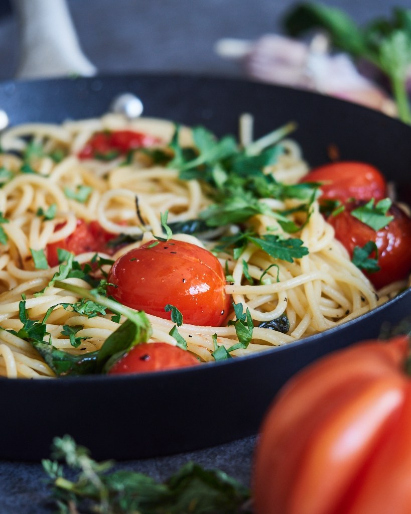 Flavourful Roasted Tomato Spaghetti