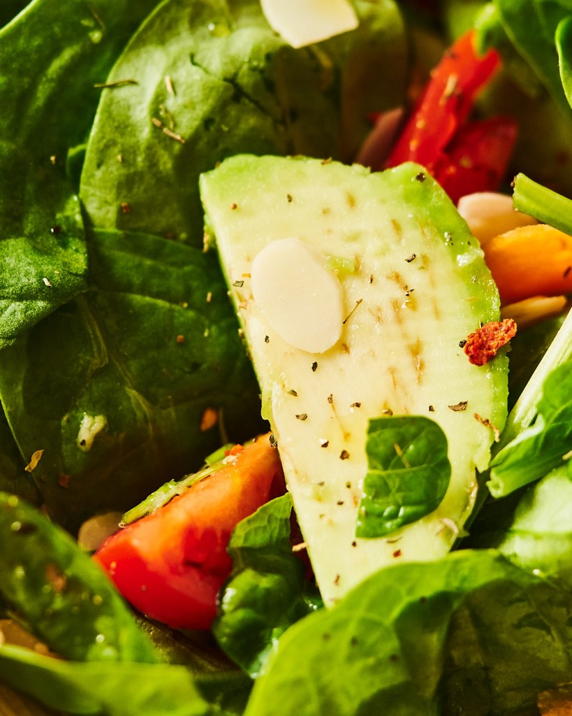 Healthy Spinach Avocado Salad